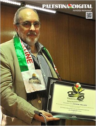 Javier Villate recibe el premio